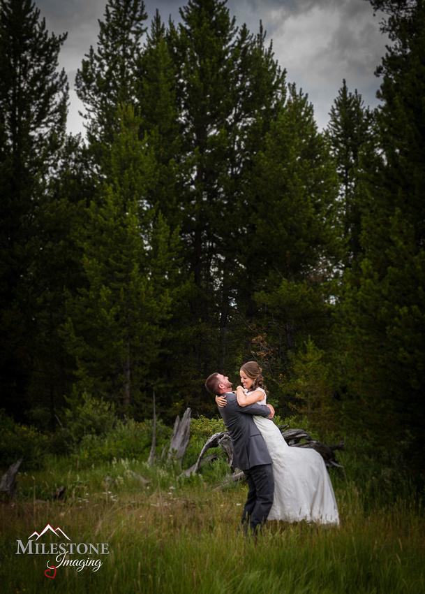 Wedding photography by Colorado Mountain wedding photographer Milestone Imaging